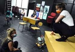 Iskolás kortárs problémák új helyszínen a CSIP előadásokon
