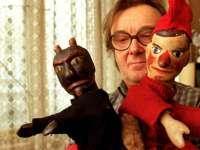 Komédiás, bábos, művész... különleges kiállítás Kemény Henrikről